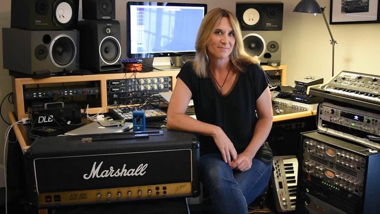 Linda Taylor Online Guitar Lessons - TrueFire